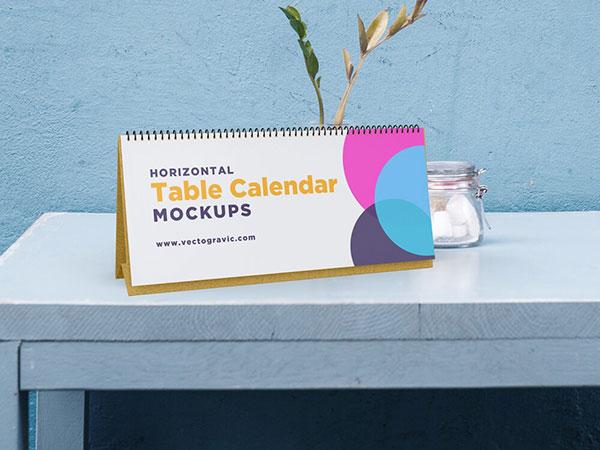 Horizontal-Table-Calendar-Mockups-02