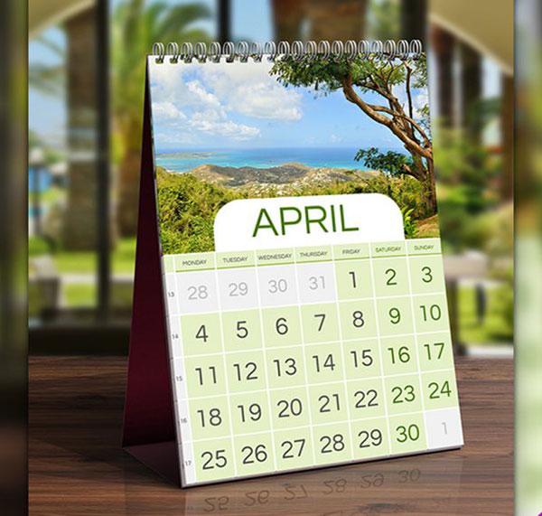 Table-Calendar-Mockup-Free-PSD