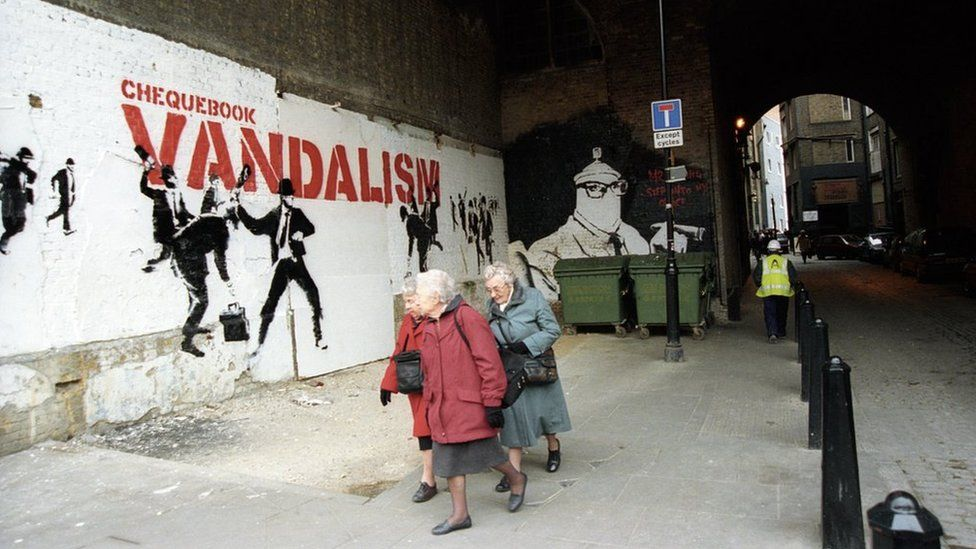 Former Banksy Agent Reveals Nearby Photos Of The Artist: Banksy's Artwork